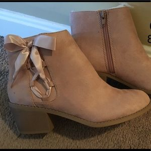 Mauve ankle booties